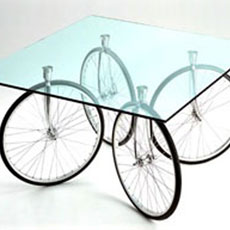 Tour Glass Table