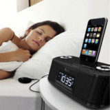 iLuv iPod Dock with Bed Shaker