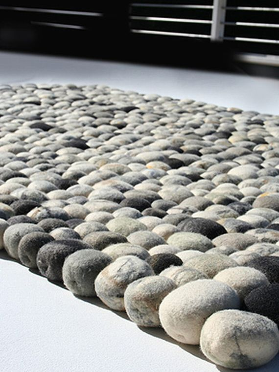 You won t stub your toe on this faux pebble rug incredible things - Made in design tapis ...