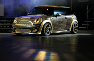 Louis Vuitton Mini Cooper, A Car For Label Whores