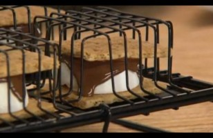 Make S'Mores Without The Campfire
