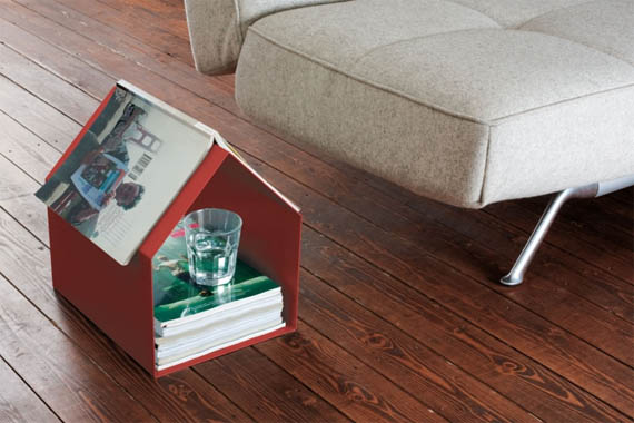 Keep All Your Magazines Under One Tiny Roof