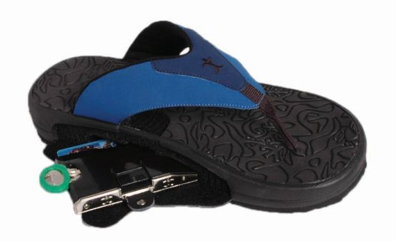 Hide Your Valuables At The Beach With ArchPort Flip Flops