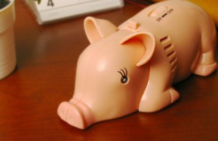 Clean Your Desk With A Little Help From A Pig