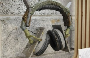 Protect Yourself From Dancing Zombies With The Thriller Headphones
