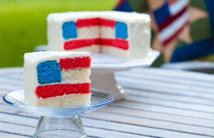 The Most Patriotic Cake Ever