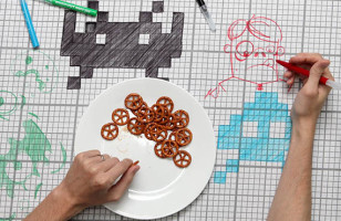 Doodle Tablecloth Lets You Get Creative With Dinner