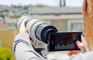 Turn Your iPhone Into a DSLR with This Handy Mount