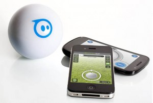 Sphero Will Drive Your Pets Crazy