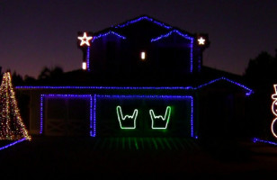 Turn It Up To 11 And Rip The Knob Off: Christmas Lights Set To Thrash Metal