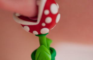 Ouchie Wow Wow! Piranha Plant Earrings