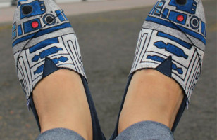 Star Wars Style: R2-D2 Shoes