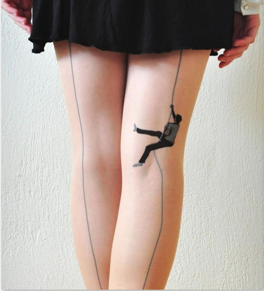 "Clever ""Climbing Up!"" Tights"