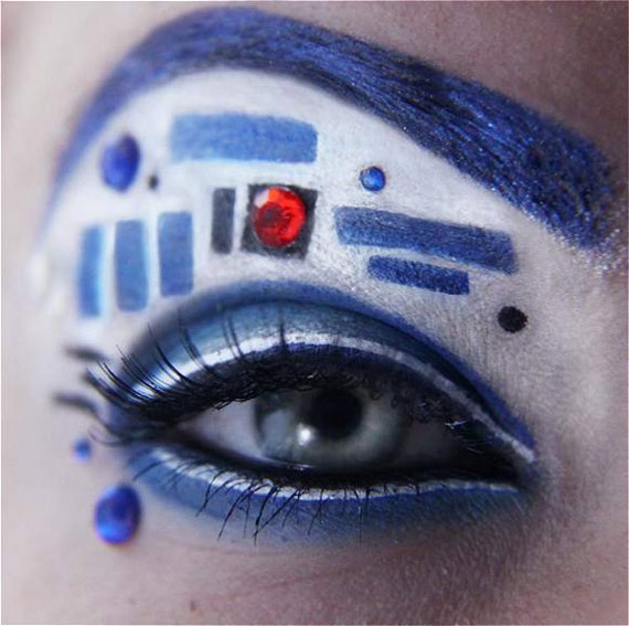 Beep Boop Bop: R2-D2 Eye Make Up