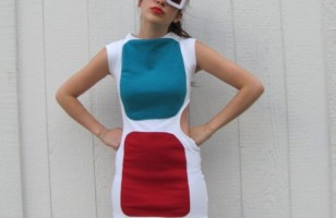 In Your Face: 3D Glasses Dress