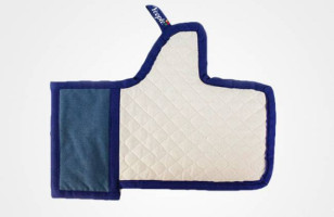 "The Facebook ""Like"" Oven Mitt"