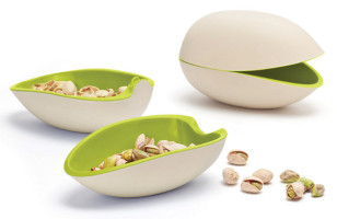 I'm Nuts For This Pistachio Bowl!