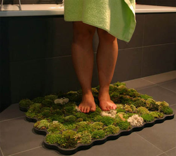 For Outdoorsy Types: Mossy Bathmat