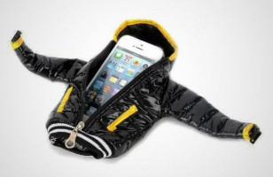 A Comfy Jacket For Your iPhone
