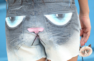 DIY Grumpy Cat Shorts