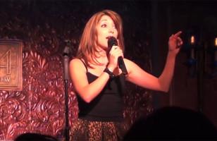 Singer Impersonates 18 Divas in One Song