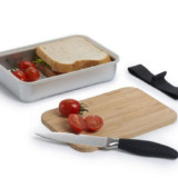 Lunchbox With Cutting Board Lid