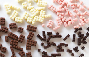 You Can Build & Eat These Chocolate LEGO Bricks