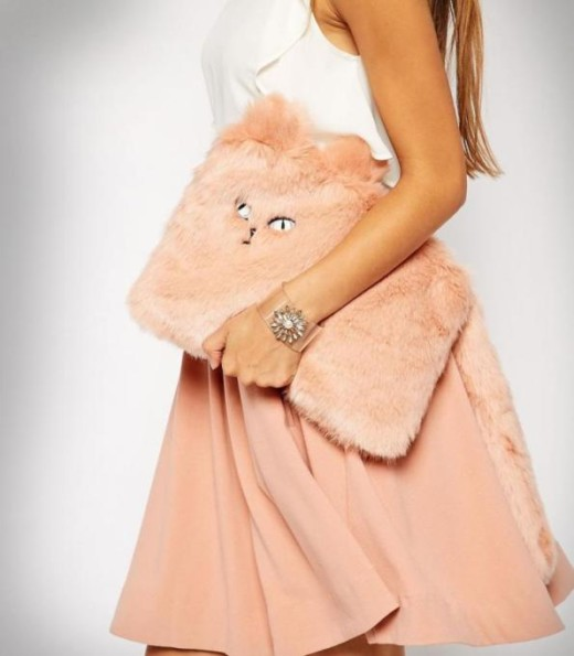 I Need This Cat Clutch And I Need It Right Meow!