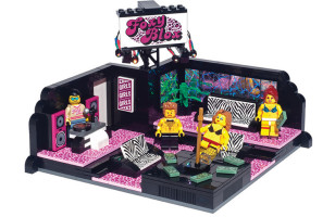 Yow Yow!: The LEGO Strip Club Set Is A Thing That Exists