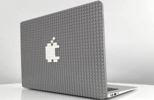 "This LEGO MacBook Case Is Going On Your ""DO NEED"" List"