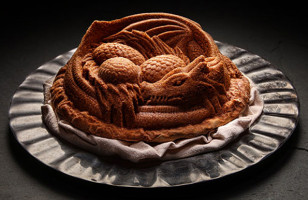 You Need This Dragon Cake Pan For Your Next GoT Party