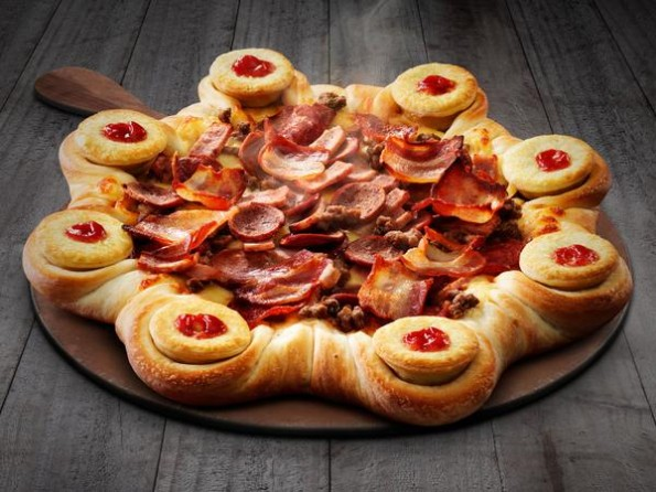 This Meatlovers Pizza With A Mini Meat Pie Crust Is Everything