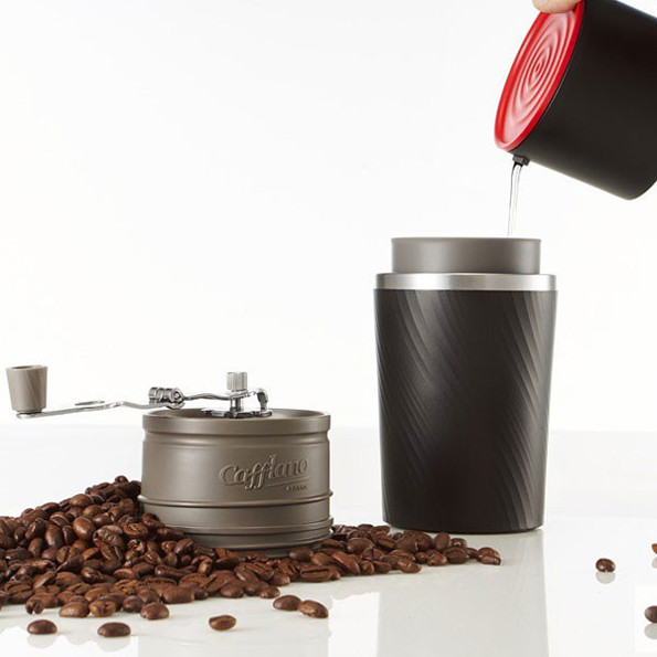 Coffee Pot That Grinds And Brews : All-In-One Coffee Mug Grinds, Brews & Contains Your Coffee