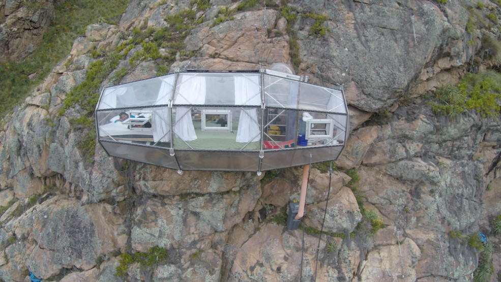 Stay In A Glass Hotel Room Hanging Off The Side Of A Cliff & Stay In A Hotel Room Thatu0027s Hanging Off The Side Of A Cliff