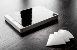A Flask That Looks Like An iPad Is Good For Boozing Discretely