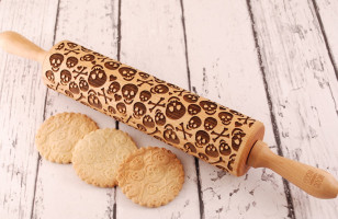 Give Your Cookies Life With This Skull & Crossbones Rolling Pin