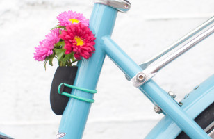 Check Out These Insanely Adorable Bike Flower Vases