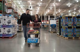 This Awesome Couple Had Their Engagement Shoot At Costco