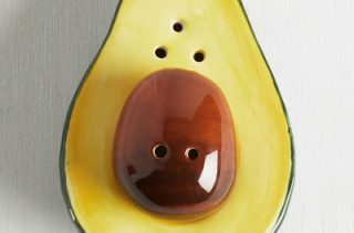 avocado-salt-and-pepper-shaker-set-1