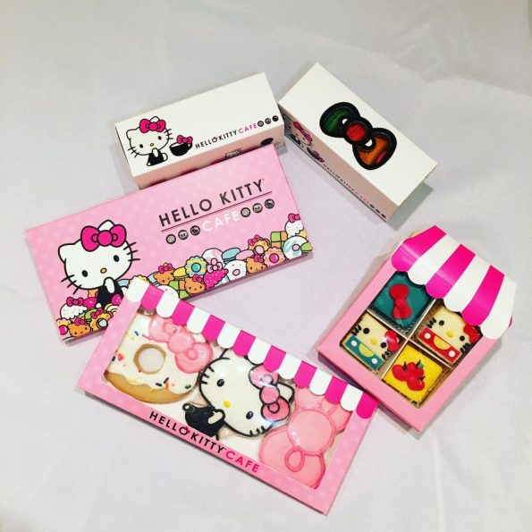 hello-kitty-cafe-7