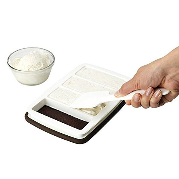 ice-cream-sandwich-maker-1