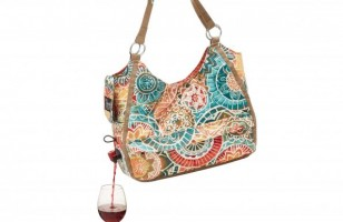 Wino Fashionistas Will love This Wine Dispensing Handbag