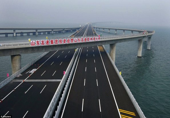 worlds-longest-sea-bridge-6