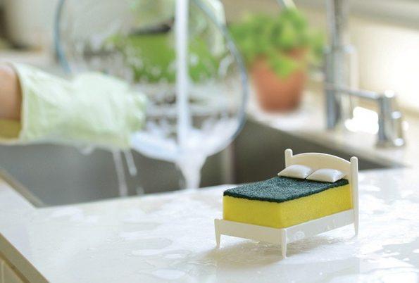 bed-sponge-holder-5