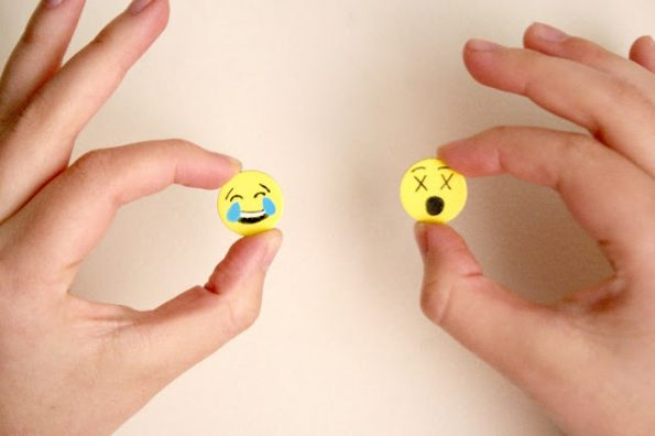 diy-emoji-magnets-4