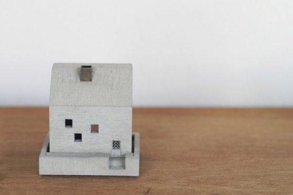 little-house-incense-burner-3