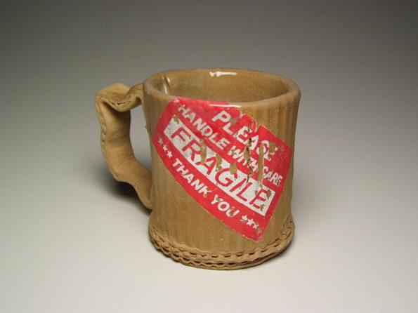 ceramic-cardboard-mugs-10