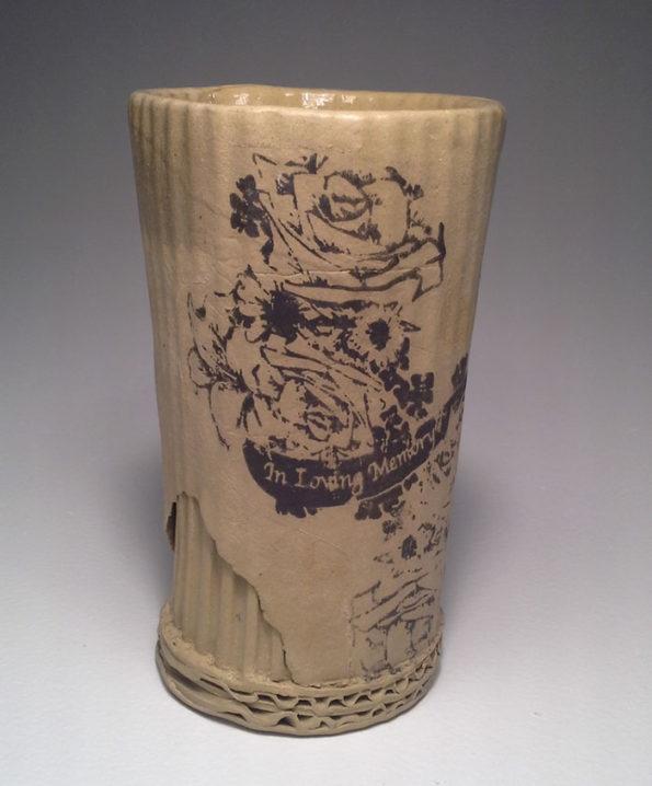 ceramic-cardboard-mugs-15