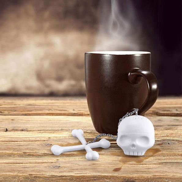 skull-tea-infuser