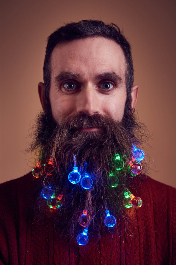 beard-christmas-lights-7